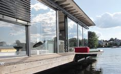 Unusual Luxury Houseboat Berlin Near Friedrichshain - Be My Guest Floating Hotel, Floating Boat, Water House, Boat House, Floating Architecture, House Architecture, Luxury Houseboats, Berlin Apartment, Dreams