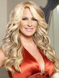 Flexibility Blonde Wavy Long Kim Zolciak Wigs, Pop Wigs By Kim Zolciak Kim Zolciak, Synthetic Lace Front Wigs, Synthetic Wigs, Trending Hairstyles, Wig Hairstyles, Photomontage, Remy Human Hair, Human Hair Wigs, Long Curly Hair