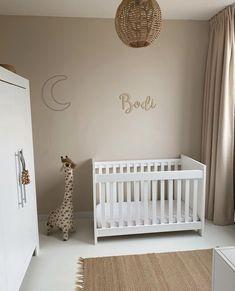 Baby Bedroom, Nursery Room, Kids Bedroom, Little Babies, Baby Kids, Kidsroom, Kids House, Home And Living, Room Inspiration