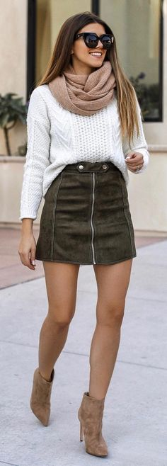 40 Perfect Outfits Suitable For The Season - We Should Do This
