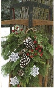 Love this vintage sled ready for the holidays.