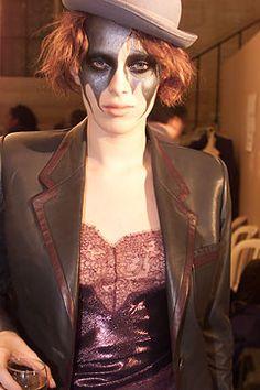 Karen Elson at Alexander McQueen Fall 2002, 'Supercalifragilistic'.
