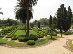 Paulista Museum gardens in Sao Paulo, Brazil #TheCrazyCities #crazySaoPaulo