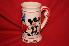 DISNEY-MICKEY-MOUSE-THROUGH-THE-YEARS-CUP-0724