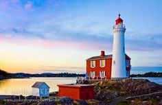 Sunset at Fistgard Lighthouse, Fort Rodd Hill National Historic Site, Victoria, BC, Canada West Coast Canada, Lighthouse Pictures, Watercolor Projects, Visit Canada, Beacon Of Light, Vancouver Island, Historical Sites, Newcastle, British Columbia