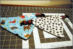 How To Make a Reversible Slip Over the Collar Dog Bandana - Sparkles of Sunshine Bandana Girl, Puppy Bandana, Dog Collar Bandana, Diy Dog Collar, Cat Bandana, Dog Collars, Diy Dog Costumes, Collor, Dog Crafts
