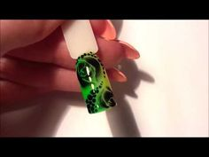 Экспресс дизайны. Розы по мокрому гель лаку / Express design: Roses on the wet gel polish - YouTube