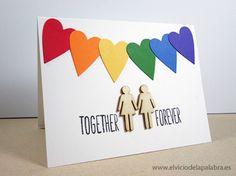 Tarjetas hechas a mano dedicadas al amor con decoración de madera de Studio Calico. Handmade cards about love with rainbow colours and wood embellishments from Studio Calico
