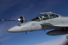 Royal Australian Air Force (RAAF) F/A-18F Super Hornet over Iraq in some interesting photographs