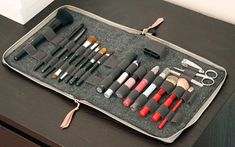 41 Ideas Diy Makeup Palette Holder Brushes For 2019 Diy Makeup Palette Holder, Makeup Brush Holders, Makeup Brush Case, Makeup Brush Cleaner, Makeup Tools, Makeup Brushes, Eye Makeup, Diy Gifts For Boyfriend, Diy Storage