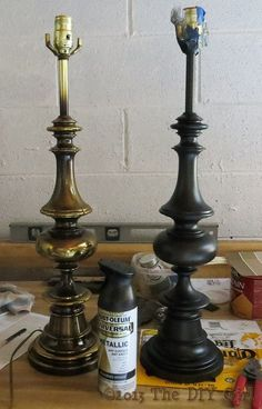 Home Remodel Paint Lamps Update with Rustoleum Oiled Bronze Spray Paint - The DIY Girl.Home Remodel Paint Lamps Update with Rustoleum Oiled Bronze Spray Paint - The DIY Girl Spray Paint Lamps, Bronze Spray Paint, Paint Brass, Painting Lamps, Rustoleum Spray Paint, Paint Lampshade, Spray Painting, Lamp Redo, Painted Furniture