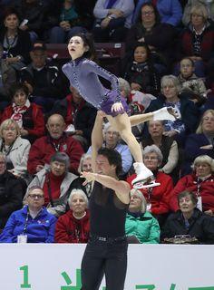 2016 Skate Canada International - Day 1 Yuko Kavaguti of Russia and Alexander Smirnov