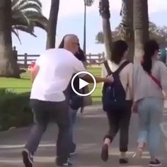Jokes Videos, Prank Videos, Super Funny Videos, Funny Short Videos, Funny Stories To Tell, Girl Pranks, Jokes And Riddles, Funny Comedy, Funny Humor