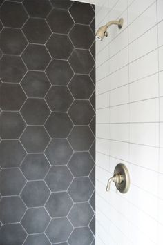 Black and White bathrooms never get out of style! Check out this shower featuring our Barcela Cement Collection. - Black and White bathrooms never get out of style! Check out this shower featuring our Barcela Cement Collection. Black Hexagon Tile, Hexagon Tiles, Hexagon Tile Bathroom Floor, Honeycomb Tile, Hex Tile, Bath Tiles, Shower Tiles, Cement Tiles, Subway Tile