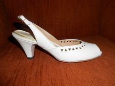Womens Cream Color Open Toed Sling Back 3 Heel Dress