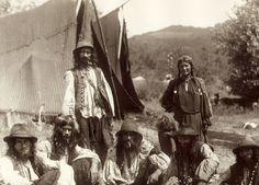 In a Kalderari camp. 1930s. A photo from Florin Petru Manole's archive.