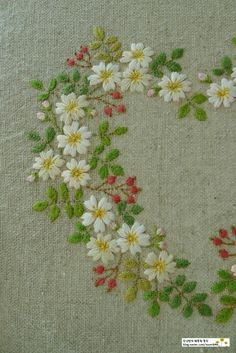 Grand Sewing Embroidery Designs At Home Ideas. Beauteous Finished Sewing Embroidery Designs At Home Ideas. Hand Embroidery Flowers, Flower Embroidery Designs, Hand Embroidery Stitches, Crewel Embroidery, Ribbon Embroidery, Embroidered Flowers, Cross Stitch Embroidery, Machine Embroidery, Simple Embroidery