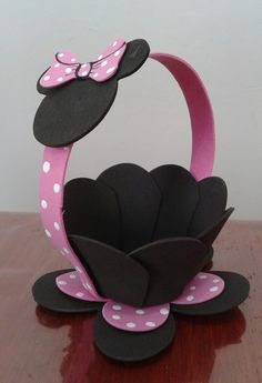 Best 12 mickey et minnie – SkillOfKing. Kids Crafts, Foam Crafts, Easter Crafts, Diy And Crafts, Mouse Crafts, Minnie Mouse Theme Party, Minnie Birthday, Mickey Minnie Mouse, Birthday Decorations