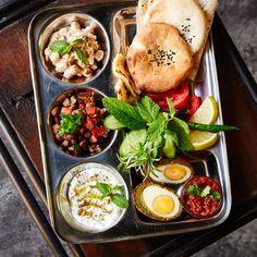 Where to Eat in Dubai: Falafel Farm