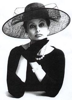 Sophia Loren Uploaded By www.1stand2ndtimearound.etsy.com