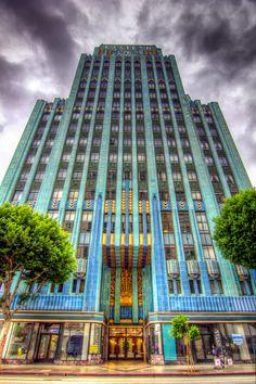 Eastern Columbia Art Deco Building, by Robert Situm. @designerwallace