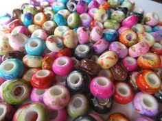 20 Acrylic Euro Splatter Beads. Starting at $6 on Tophatter.com!  Euro Bracelet Supplies No.83 April 2, 8pm EDT