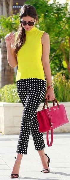 Super how to wear yellow blouse style 46 ideas Fashion Mode, Work Fashion, Fashion Outfits, Womens Fashion, Fashion Blogs, Fashion Spring, Ladies Fashion, Fashion Details, Fashion Clothes