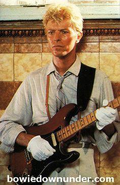 Bowie Downunder: Let's Dance Video