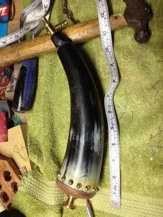 How to Make a Powder Horn : 7 Steps - Instructables Small Belt Sander, Taper Jig, Longhunter, Powder Horn, Cow Horns, Hole Saw, Good Tutorials, Diy Ideas, Tattoo Ideas