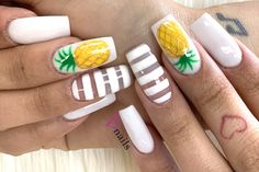 White square nails with gold stripes and sparkly pineapple design. Come book yo. Pineapple Nail Design, Pineapple Nails, Best Acrylic Nails, Acrylic Nail Designs, Nail Art Designs, Rose Nails, Matte Nails, Stiletto Nails, Hereford