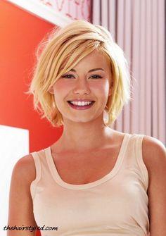 Elisha Cuthbert Sexy Shaggy Blonde Medium Bob Haircut for Women