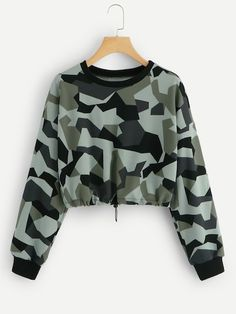 Shop Drawstring Hem Camouflage Sweatshirt at ROMWE, discover more fashion styles online. Cute Lazy Outfits, Camo Outfits, Teenage Girl Outfits, Crop Top Outfits, Teen Fashion Outfits, Sporty Outfits, Outfits For Teens, Stylish Outfits, Trendy Hoodies