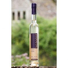 Elderflower Vodka Spirit Drink - Mixed fantastically with champagne, floral syrup to make a festive cocktail | Yumbles.com #Cocktails #Vodka