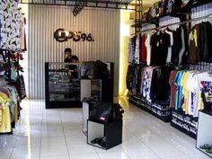 Belanja Clothing di Jalan Seram