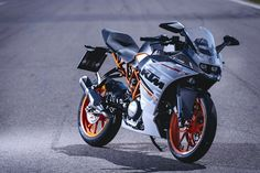 KTM updates the RC 390 for 2016