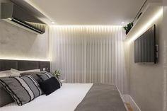 O quarto de casal com tons neutros, numa pegada escandinava e minimalista pode ser o seu.  Mas não esquece que a iluminação é muito importante, e que e eficiência luminosa é algo que você precisa saber antes de escolher as luminárias.  Se quer descobrir o que é isso, clica na foto que eu te conto