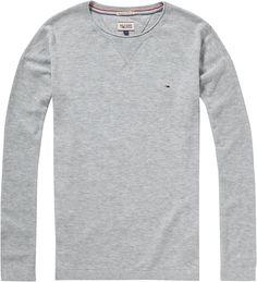 Schöner Pullover IDA von Hilfiger Denim. Ganz schlicht gehalten, gerade geschnitten und mit schönem Rundhalsausschnitt.60% Baumwolle, 20% Viskose, 20% Polyamid...