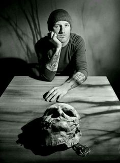 Damn Corey looking hotter than ever 🔥 Heavy Metal, Nu Metal, Music Is Life, My Music, Music Pics, Rock And Roll, Rockabilly, Slipknot Band, Slipknot Corey Taylor