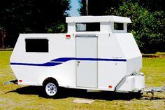 Build this lightweight camper, on a commercial trailer, with downloadable plans from Dale Summers.