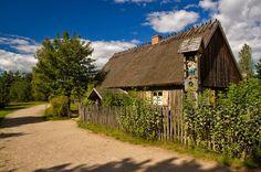 Discover the world through photos. Poland, Community, Cabin, House Styles, World, Home, Decor, Decoration, Cabins
