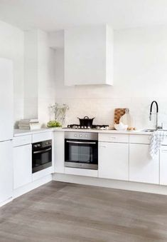 what a nice light kitchen all white kitchen