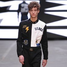 CFDA PLANS MEN'S FASHION WEEK http://www.couturesquemag.com/2015/02/mens-fashion-week-is-coming-to-nyc.html
