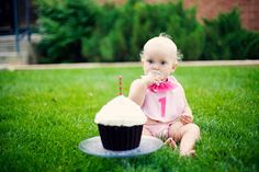 Craftaphile: Birthday Party: One Year Old in a Flash