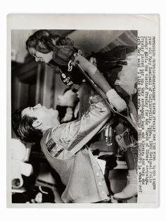 1958-01-08 03 Mary Kosloski January 8, 1958 GRACELAND │ MEMPHIS, TENNESSEE On Elvis' 23rd birthday, Mary was invited to visit Elvis at Graceland.