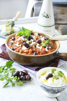 Norwegian Food, Tzatziki, Couscous, Cobb Salad, Acai Bowl, Nom Nom, Food And Drink, Breakfast, Recipes