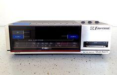Vintage Emerson Electronic Digital Clock Radio Alarm AM/FM Red5677A Retro #Emerson