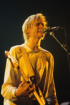 Kurt Cobain in Paris, 1992.