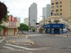 PRAÇA BARBOSA, ARAÇATUBA, BRAZIL.