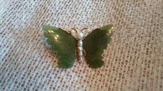 Vintage-Retro-Signed-Swovoda-JADE-GENUINE-PEARL-Butterfly-Pin-Brooch