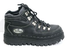 90s sketchers had this very shoe